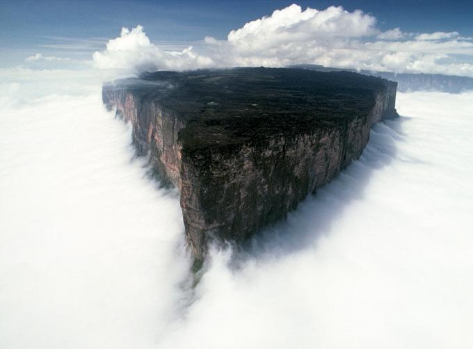 Núi Roraima ở Nam Mỹ